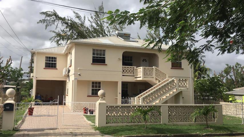 Chalamar Family Apartment