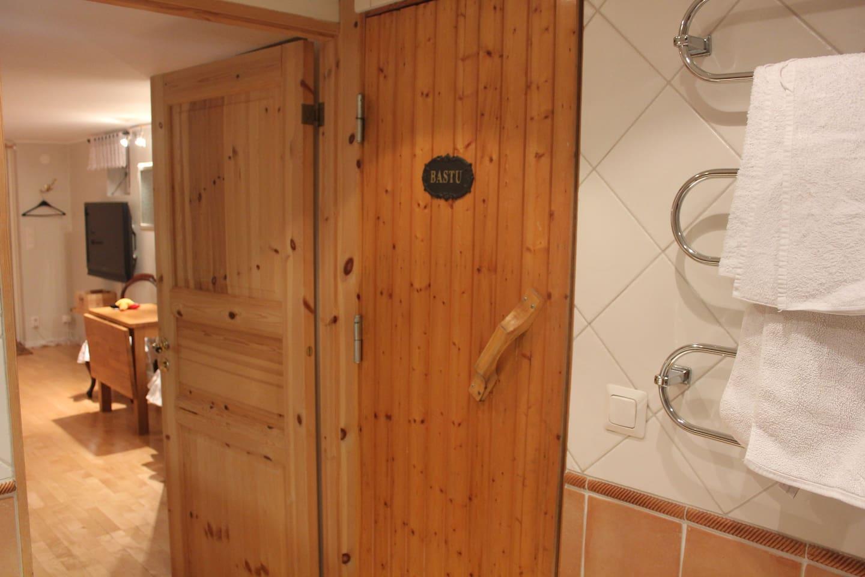 Lägenhet i villa nära telefonplan   hus att hyra i stockholm: mitt ...