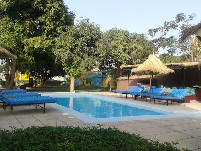 Oasis Relax Lodge - Serrekunda - Apartment