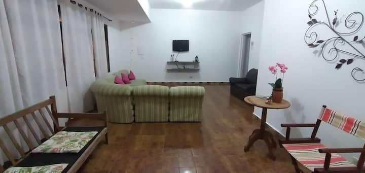 Casa ótima localização - Ilha Comprida - Praia