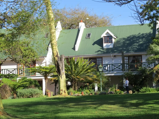 Cuckoos Nest Guest House B&B. - Louis Trichardt