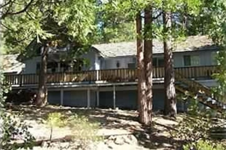 Spacious Cabin-Pinecrest & Dodgeridge Minutes Away