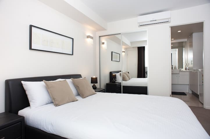 Secured apartment unit in East Perth - East Perth - Apartemen