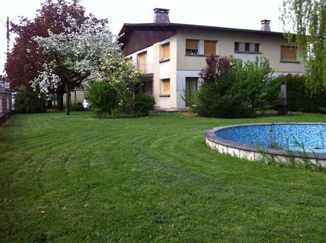 Belle Chambre /Terrasse Park. Jard. - Toul  - House