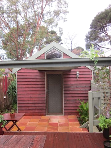 Self-Contained Beach Bungalow - Phillip Island - Kabin