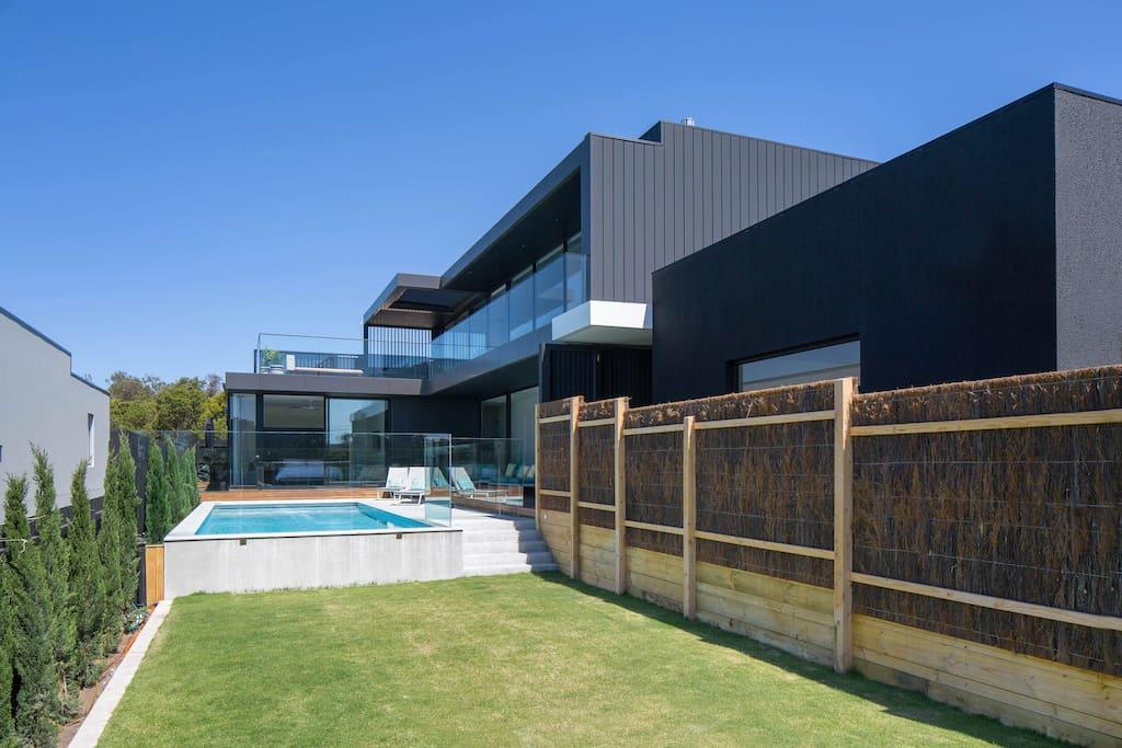 Blairgowrie Luxury Beach House