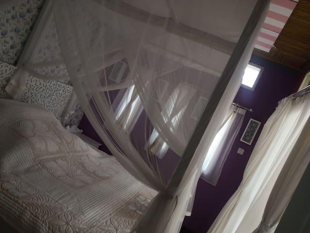 巴厘岛努沙杜瓦,悠闲度假海滩民宿,适合一月–两月长居,一起减肥瘦身,一间卧室可住2位房客!