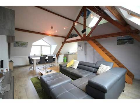 Peaceful roof-top appartment in Flemish village