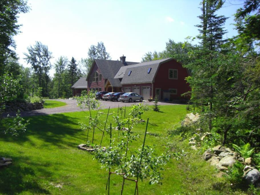 Beautiful Timber Frame Home and Grounds on 3 acres
