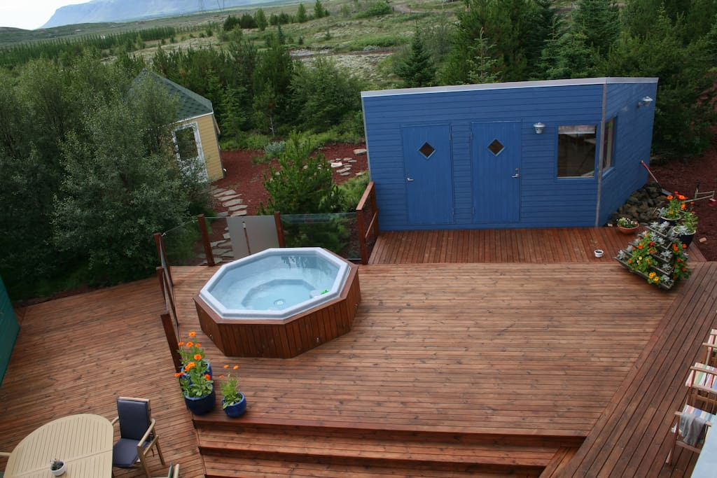 The hot tub and the sauna.