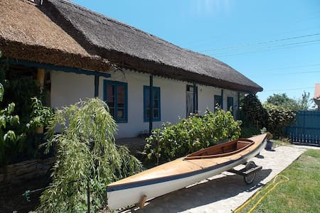 Traditional house in Danube Delta - Jurilovca