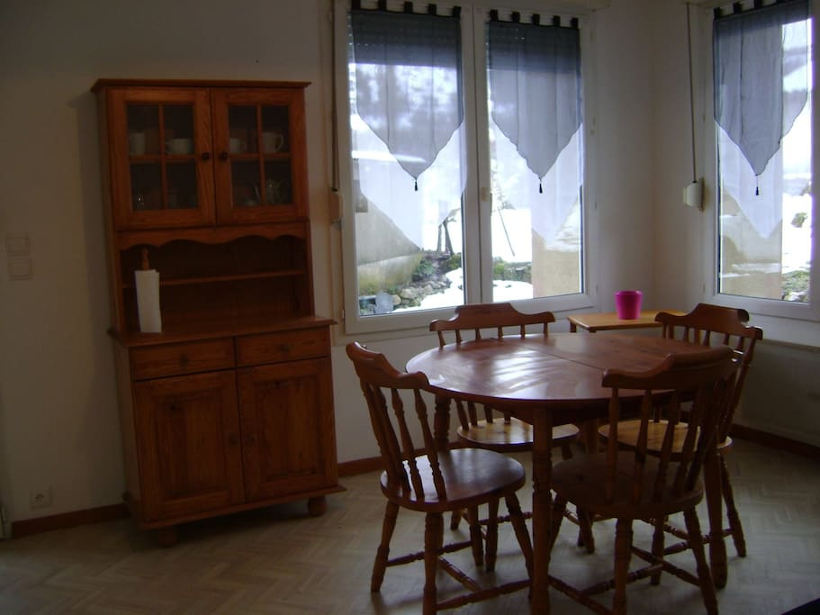Meubl tourisme apartments for rent in cubi res for Garde meuble midi pyrenees