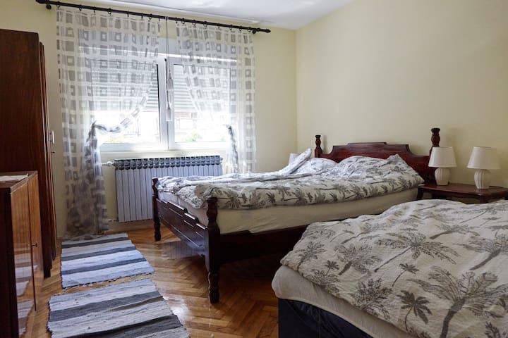 Apartman Meri,parking,quiet,sunny,garden