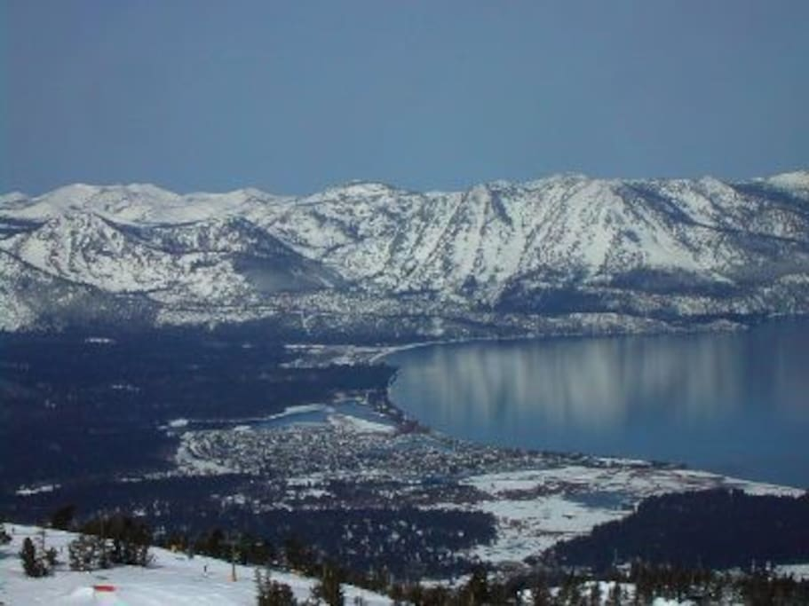 Beautiful Lake Tahoe, our condo is in the lower left of this picture, on a quiet cul de sac, blocks to the beach, 1.5 miles to Heavenly, 2 miles to Stateline casinos, restaurants and nightlife - close to everything.