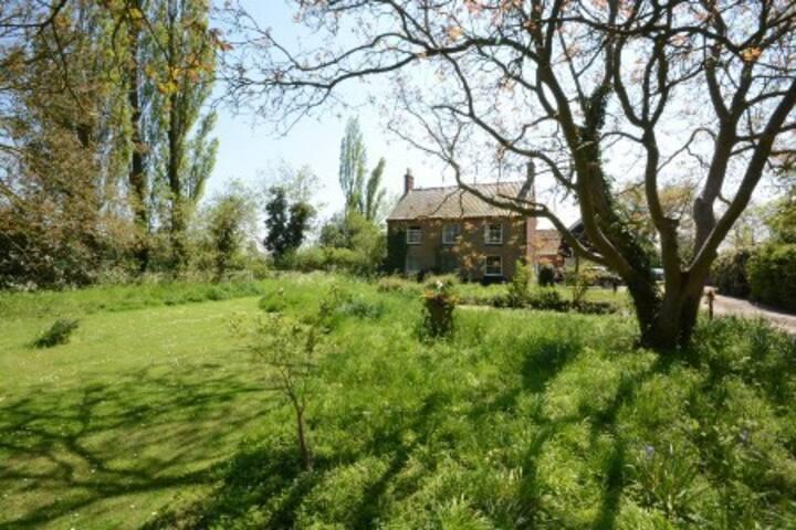 Farmhouse,  Boundary Farm, Framlingham