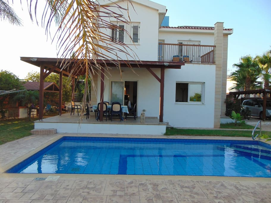 The beautiful villa with unobstracted seaviews from everywhere.