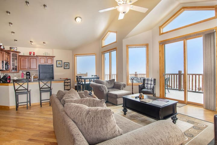 Ouzel Peak 22A - 2 Br condo with Marys Lake and mountain views!