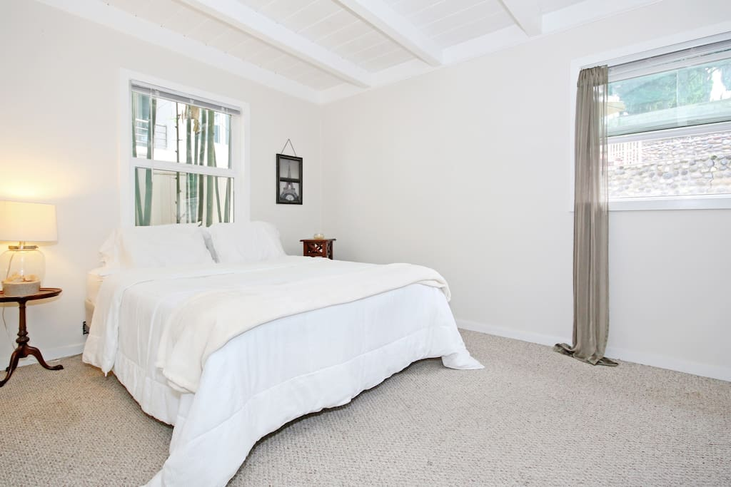 Fresh linens, fully furnished
