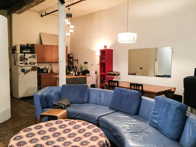 1 Bedroom In A Williamsburg Loft Apartments For Rent In