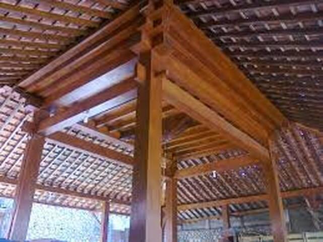 Rumah Joglo Lipursari, Gabusan