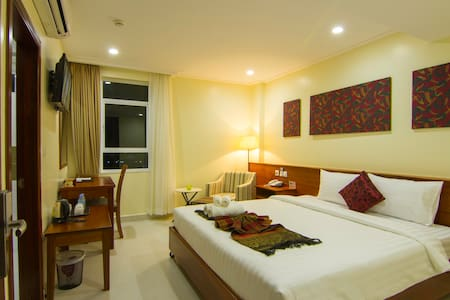 Deluxe Double with free breakfast - Phnom Penh - 公寓