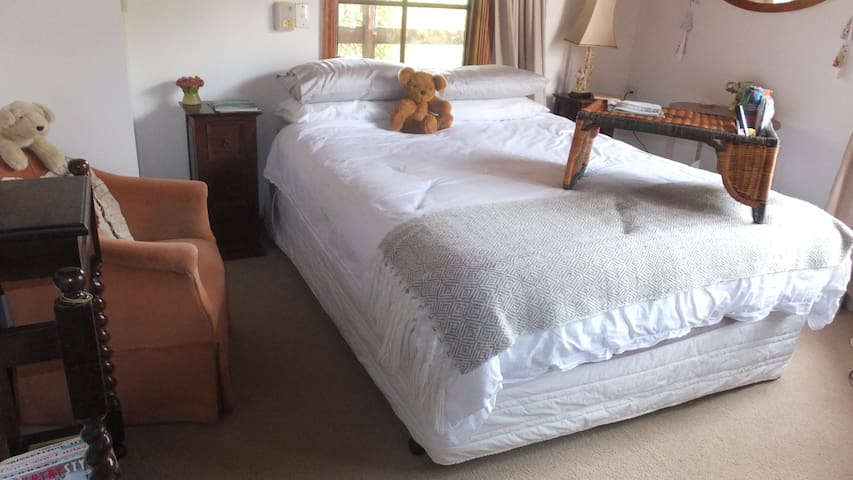 Castlemaine Farm Stay Room - Chewton