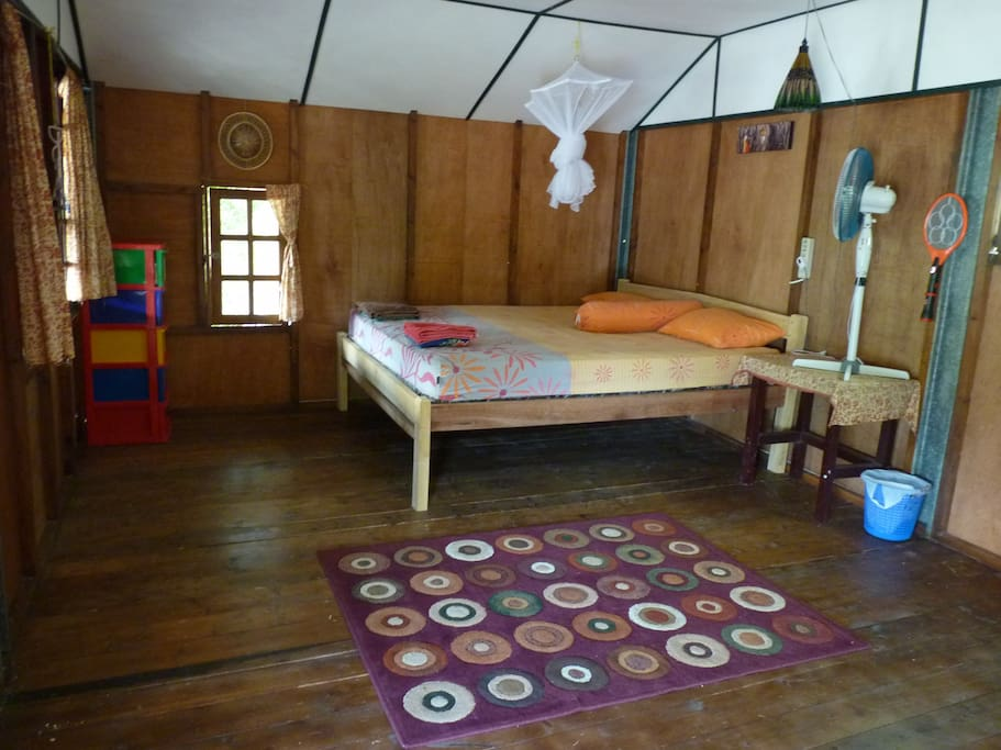 Coconut cabin's bedroom.