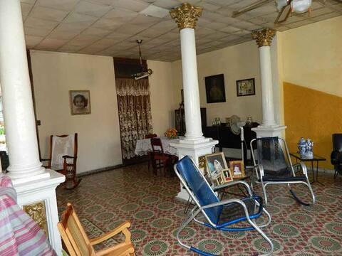 Casa Arelis, habitación triple.