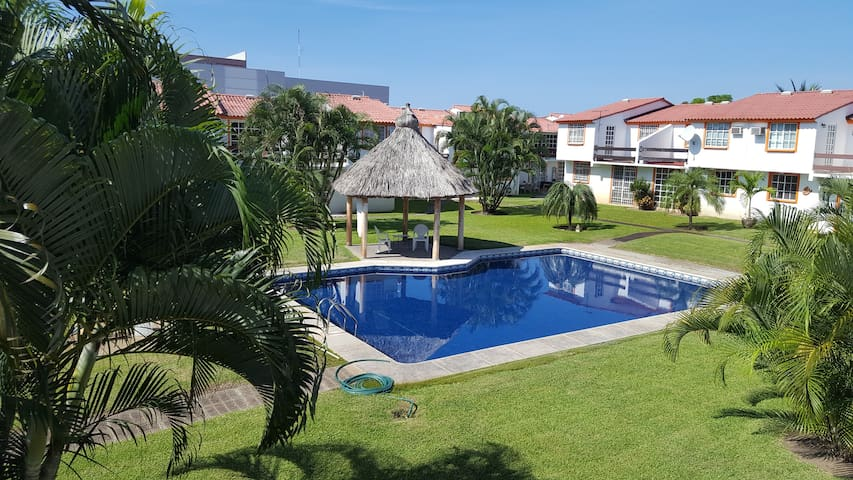 HERMOSA CASA, ZONA DIAMANTE. - Acapulco