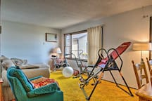 This HighPlaines Haven apartment features workout equipment in the living room!