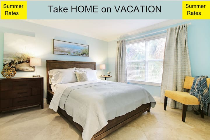 Your VACATION HOME-Near to EVERYTHING in WPB/5