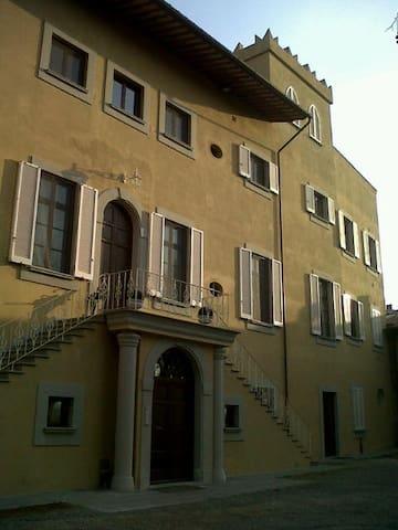 bilocale arredato sgc Pontedera - Pontedera - Appartement