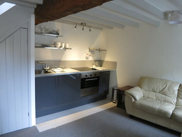 Cosy cottage in the Cotswolds - Fairford - บ้าน