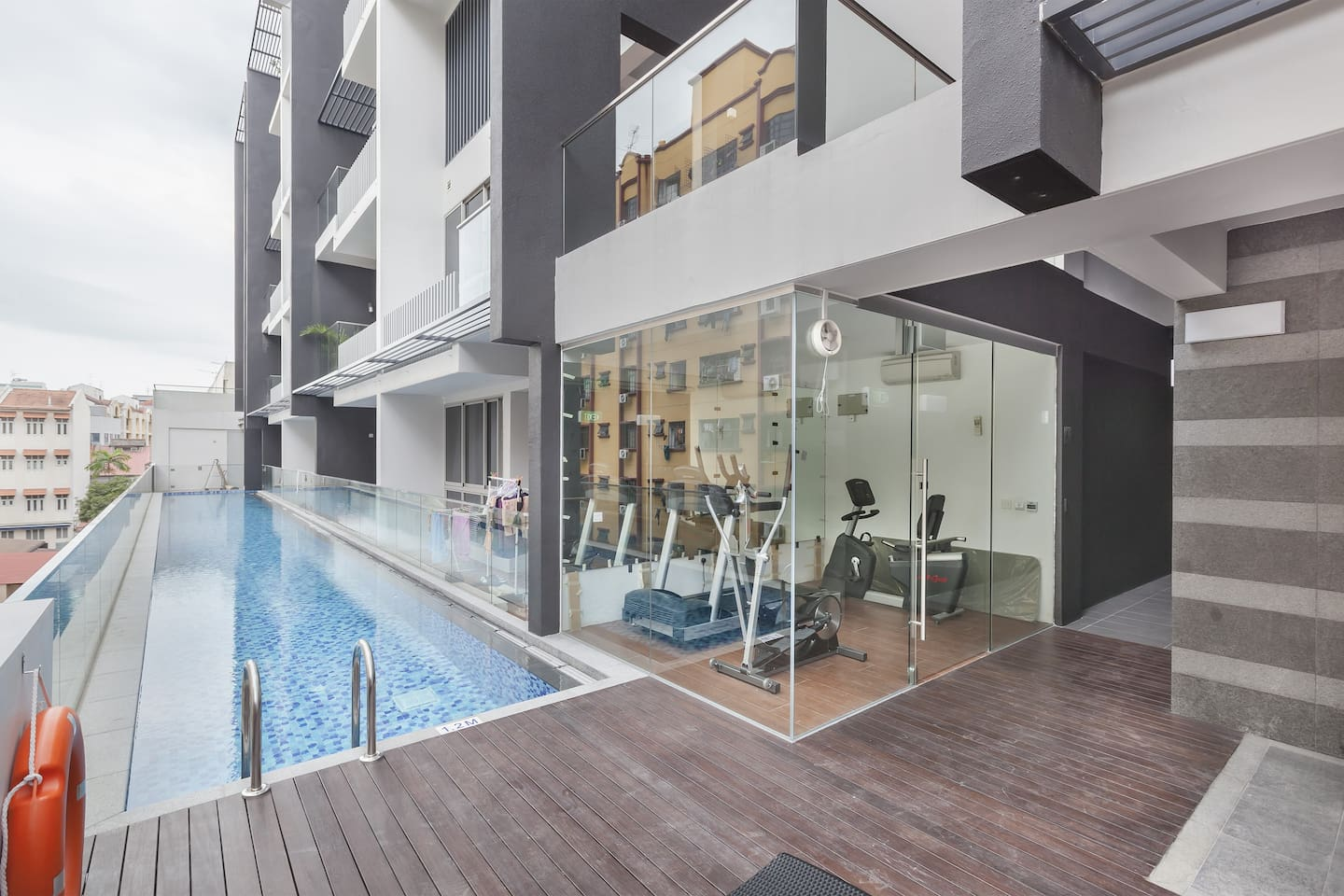 brand new apartment near the city singapore airbnb cool office design train tracks