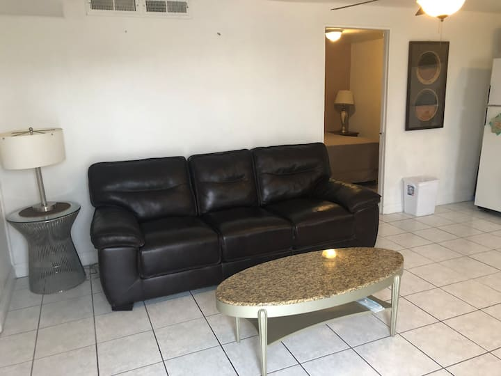 Best deal on AirBNB. Entire Apartment