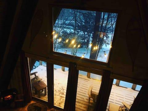 Селянська афрамна хатина біля озера Джордж-Віллідж