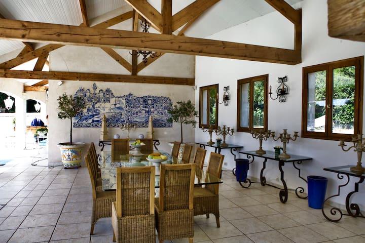 Villa luxueuse en Normandie 4 +2 ch tennis piscine