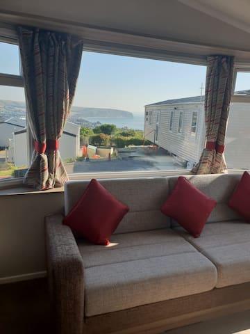 Quiet 2 Bedroom 2018 Static Caravan with Seaview