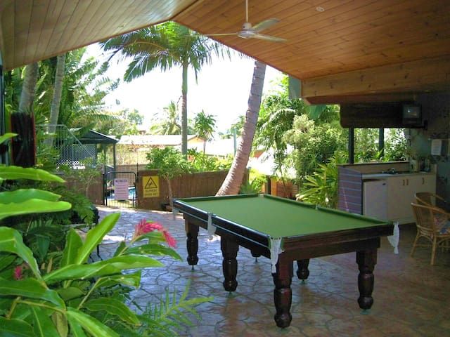 Airlie Beach Family Townhouse