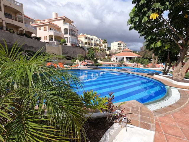 Cozy well Located Apartment Tenerife sur golf