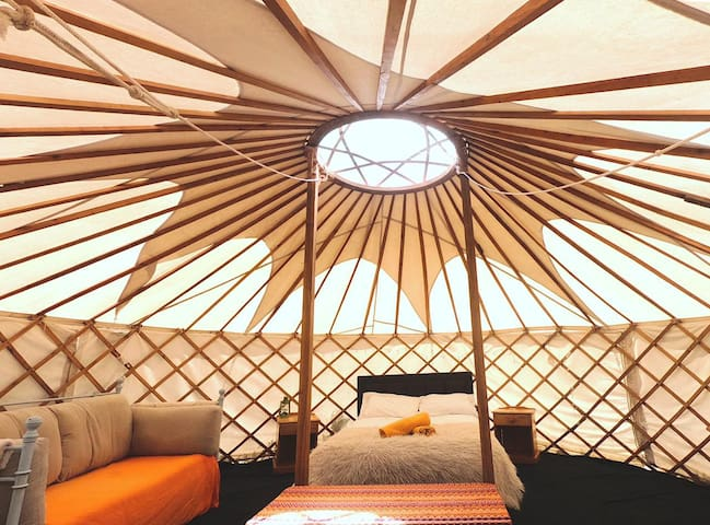 Rainbow Lodge 6m Yurt
