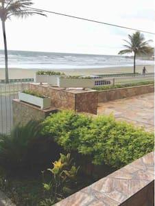 Praia do Sonho -Itanhaem-SP- Apto frente p/ mar