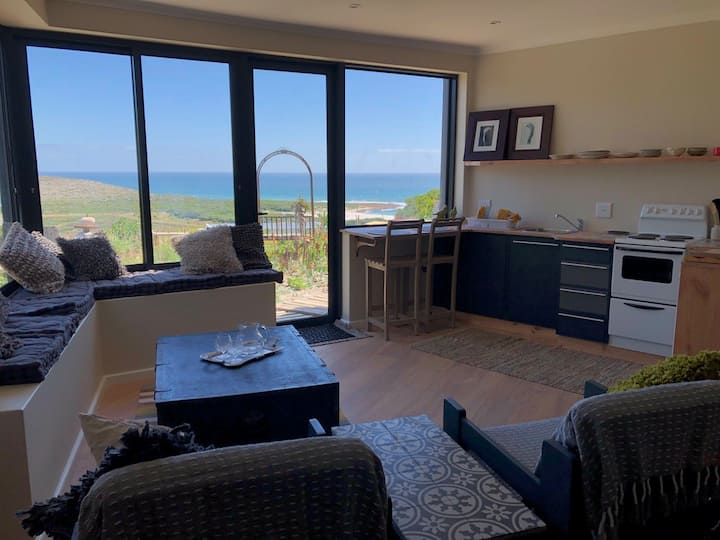 NEW LISTING Spectacular views close to the beach.