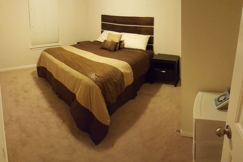 Private bedroom w/ King bed and spacious closet, flat screen tv and cable