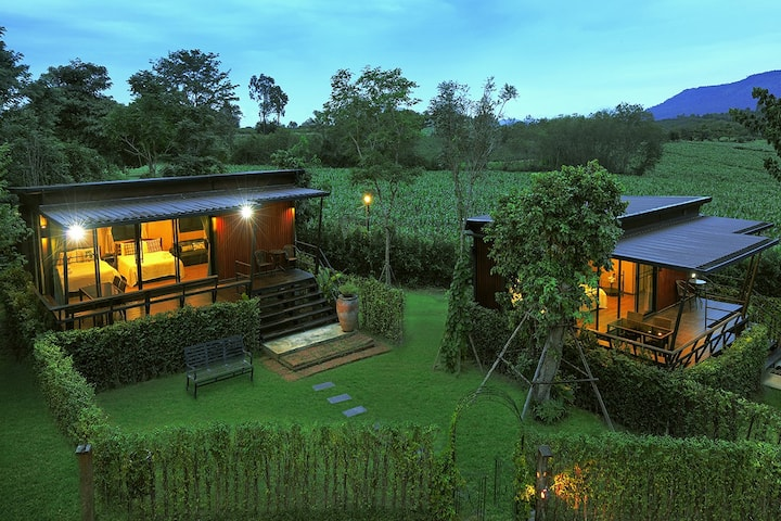 Fiore Villa close to Khao Yai Nation Park / Dog friendly