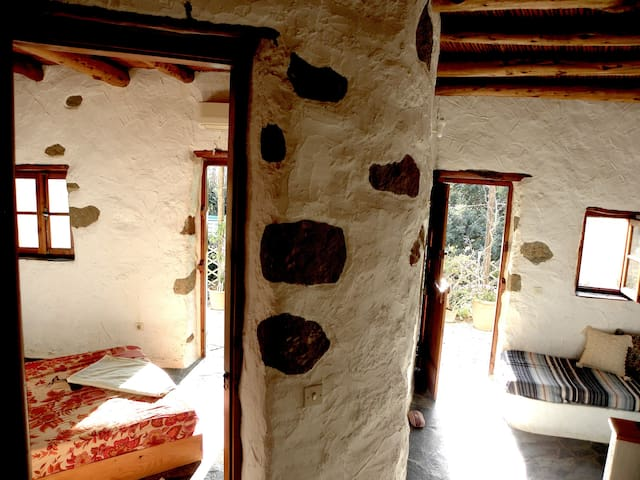 NATURA cottages :potamos: Mountain & Sea view - Aspros Potamos - Casa