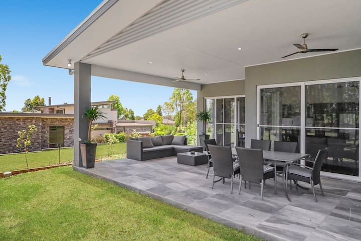 Lomandra Retreat - Golfing Estate - Rothbury - Ev
