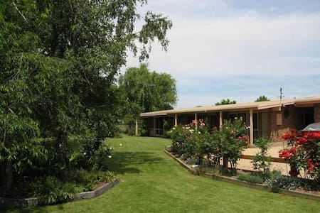 Creekside Accommodation - Mansfield - Huoneisto