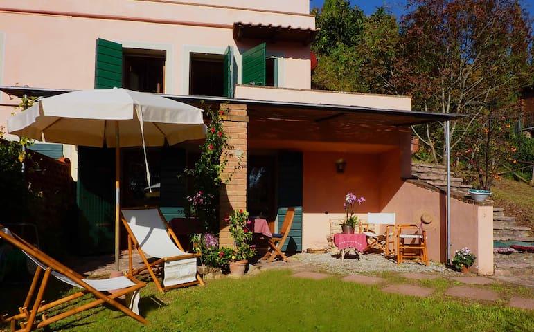 La Bouganville · Casa con Giardino e Piscina