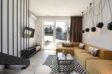 Villa Mendula Premium